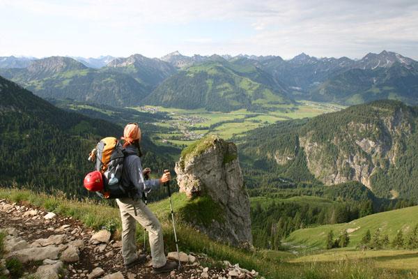 Foto: Christian Schickmayr / Wander Tour / Tannheimer Berge Überschreitung (3-Tagestour) / Abstieg über Aggenstein zum Breitenberg / 03.09.2009 17:19:07