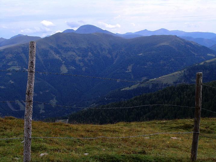 Foto: Andreas Koller / Wander Tour / Gamsbrünndlweg auf das Tschiernock (2088 m) / Das Herz der Kärntner Nockberge / 03.09.2009 22:05:45