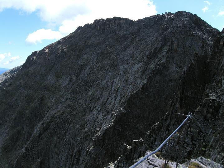 Foto: Andreas Koller / Klettersteig Tour / Bella Vista Klettersteig auf die Hohe Leier (2774 m) / Die dunkle NO-Flanke der Hohen Leier / 06.09.2009 23:24:17