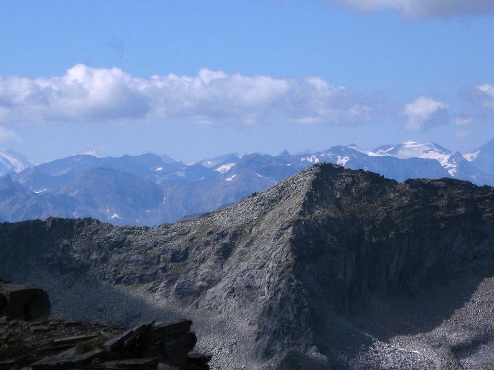 Foto: Andreas Koller / Klettersteig Tour / Bella Vista Klettersteig auf die Hohe Leier (2774 m) / Blick zu den vergletscherten Gipfel der Hohen Tauern / 06.09.2009 23:16:32