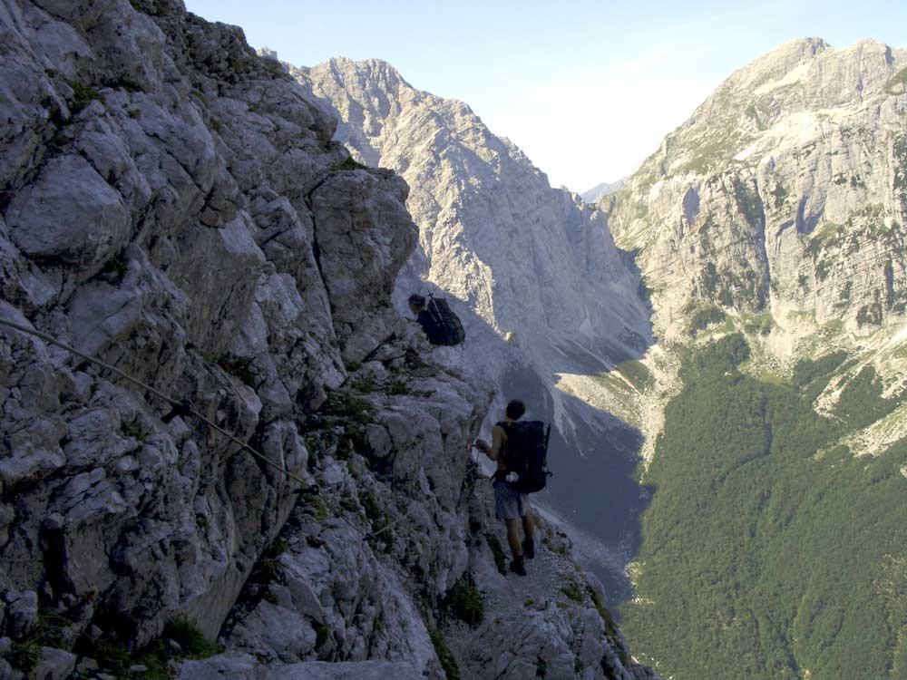 Foto: Datzi / Wander Tour / 4-Tages Biwakrundtour in den Julischen Alpen mit 3.Gipfelanstiegen (Triglav-Razor-Skrlatica) mit Klettersteig C-D / Tominsekweg (Klettersteig) / 04.09.2009 18:19:28