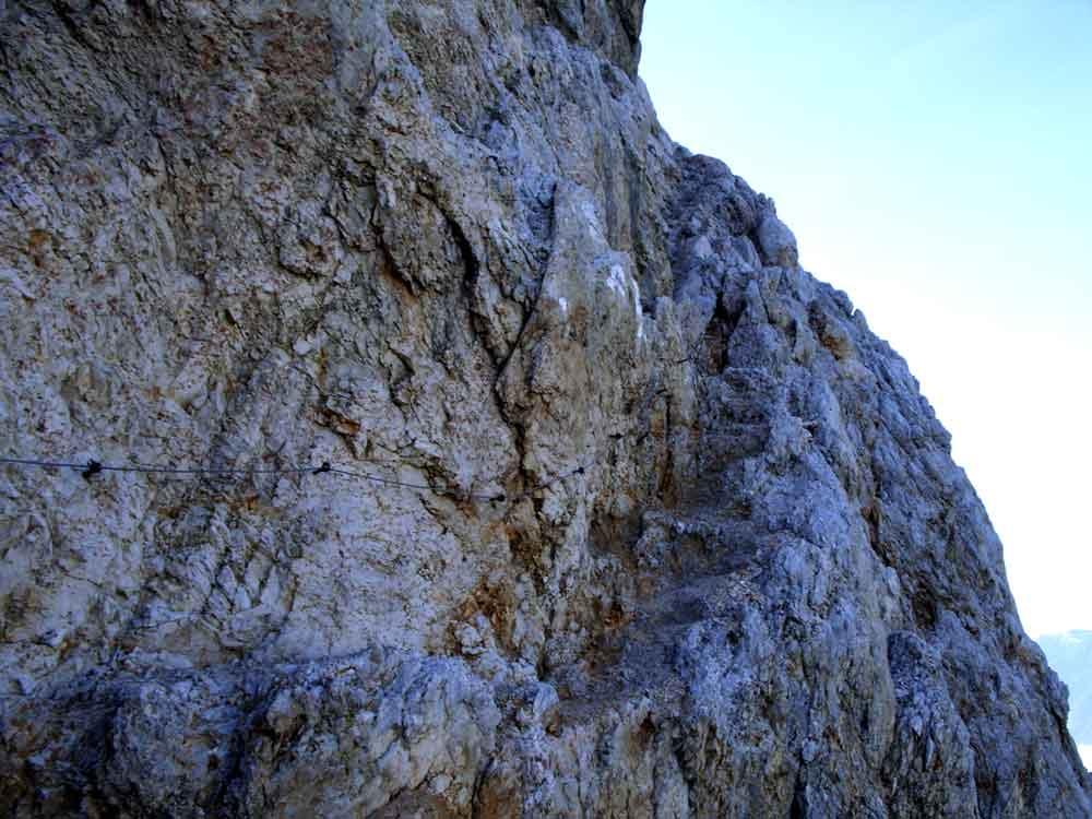 Foto: Datzi / Wander Tour / 4-Tages Biwakrundtour in den Julischen Alpen mit 3.Gipfelanstiegen (Triglav-Razor-Skrlatica) mit Klettersteig C-D / Der Abstieg vom Triglav zur Luknjarscharte / 04.09.2009 18:30:14