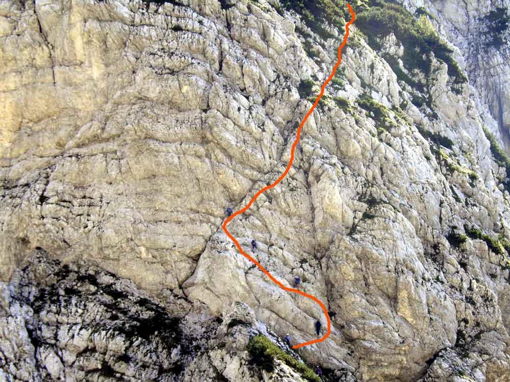 Foto: Datzi / Wander Tour / 4-Tages Biwakrundtour in den Julischen Alpen mit 3.Gipfelanstiegen (Triglav-Razor-Skrlatica) mit Klettersteig C-D / Klettersteig Bamberger Weg (C-D) / 04.09.2009 18:37:19