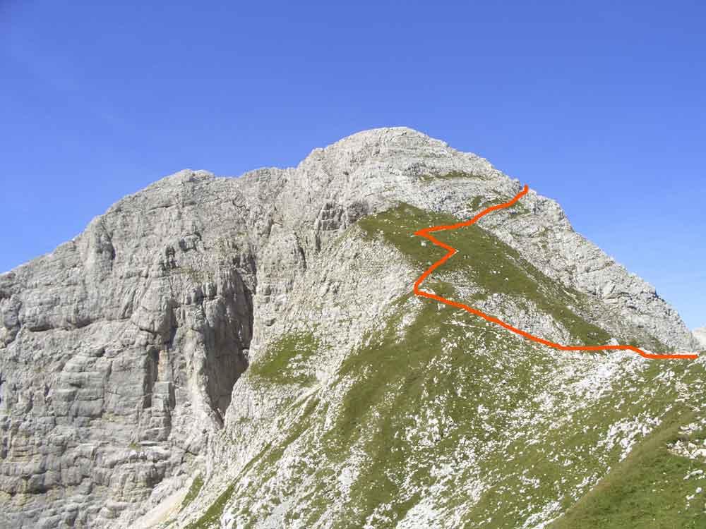 Foto: Datzi / Wander Tour / 4-Tages Biwakrundtour in den Julischen Alpen mit 3.Gipfelanstiegen (Triglav-Razor-Skrlatica) mit Klettersteig C-D / Anstieg Gamsovec / 04.09.2009 18:37:46