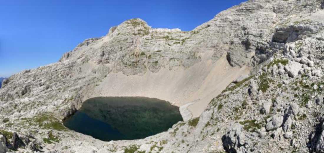 Foto: Datzi / Wander Tour / 4-Tages Biwakrundtour in den Julischen Alpen mit 3.Gipfelanstiegen (Triglav-Razor-Skrlatica) mit Klettersteig C-D / Mein Badesee / 05.09.2009 09:32:19