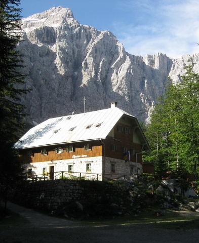 Foto: Wolfgang Lauschensky / Klettersteig Tour / Triglav Überschreitung Bambergweg - Ostgrat / Triglav Nordwand vom Aljazev Dom aus / 11.09.2009 20:41:16