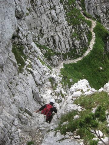 Foto: Wolfgang Lauschensky / Klettersteig Tour / Triglav Überschreitung Bambergweg - Ostgrat / ungesicherte Querung in der SW-Wand / 11.09.2009 20:43:16