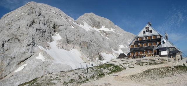 Foto: Wolfgang Lauschensky / Klettersteig Tour / Triglav Überschreitung Bambergweg - Ostgrat / Triglavski Dom mit Triglav / 11.09.2009 20:49:05