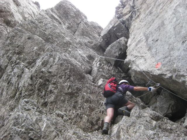 Foto: Wolfgang Lauschensky / Klettersteig Tour / Weittalspitze über Allmaier-Toni-Weg / in der Gipfelrinne C / 12.09.2009 16:07:03