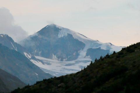 Foto: Thomas Paschinger / Wander Tour / Hintere Schwärze, Marzellspitzen, Similaun und Finailspitze / Similaun (3599m) vom Weg zur Martin Busch Hütte / 13.09.2009 15:07:17