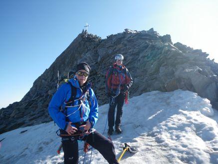 Foto: Thomas Paschinger / Wander Tour / Hintere Schwärze, Marzellspitzen, Similaun und Finailspitze / kurz vorm Gipfel / 13.09.2009 15:12:21