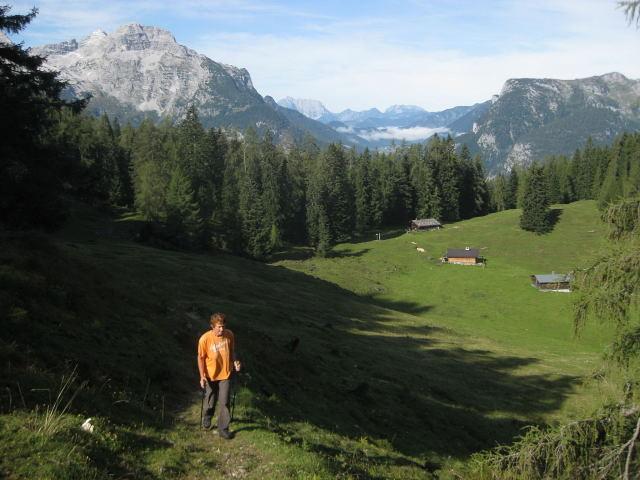 Foto: Wolfgang Lauschensky / Wander Tour / Großes Hundshorn 1705m / Scheffnother Alm und Ochsenhorn / 15.09.2009 20:40:33