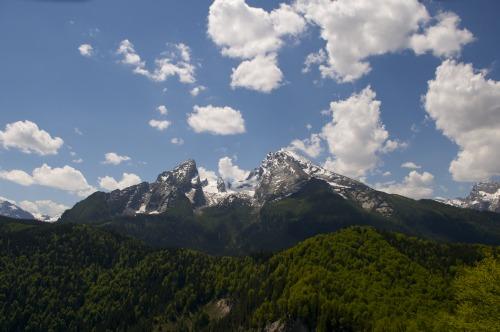 Foto: hofchri / Klettersteig Tour / Grünstein Klettersteig / Ausblick auf das Watzmannkar samt Watzmann / 15.06.2010 20:39:53