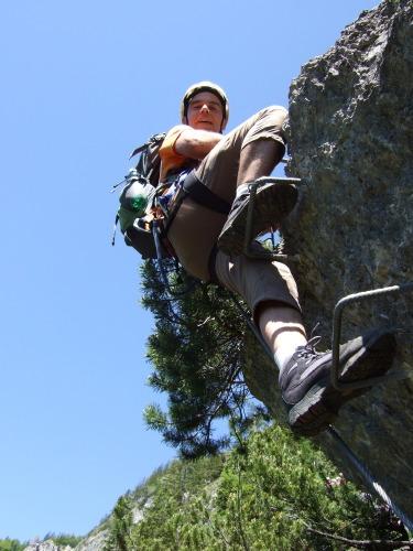 Foto: hofchri / Klettersteig Tour / Grünstein Klettersteig / kurze Schlüsselstelle am überhängender Felsblock (D/E) wird auch links umgangen / 15.06.2010 20:33:49