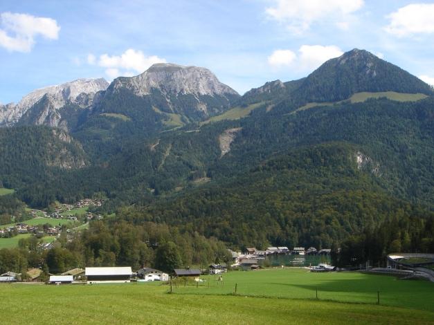 Foto: Manfred Karl / Klettersteig Tour / Grünstein Klettersteig / Königssee, dahinter Hoher Göll, Hohes Brett und Jenner / 17.09.2009 20:13:09
