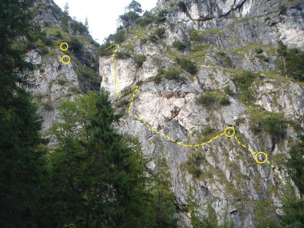 Foto: Manfred Karl / Klettersteig Tour / Grünstein Klettersteig / Eingezeichnet ist die rechte Variante (D/E) / 17.09.2009 20:03:12