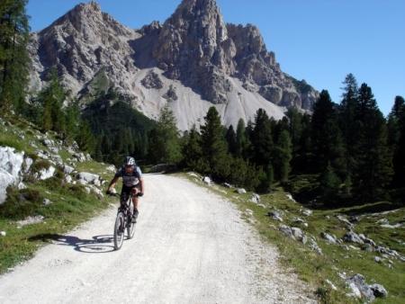 Foto: barbonis / Mountainbike Tour / Fanes / Salita per Fanes / 16.09.2009 17:03:15