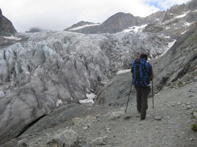 Foto: Wolfgang Lauschensky / Wander Tour / Dom de Neige des Ecrins 4015m / die zerklüftete Gletscherzunge / 17.09.2009 21:34:53