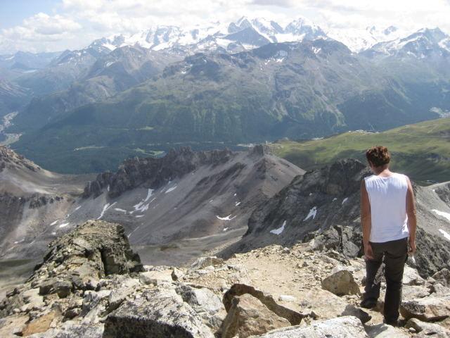 Foto: Wolfgang Lauschensky / Wander Tour / Piz Ot (3246m) / Gipfelblick zur Bernina / 18.09.2009 23:35:15