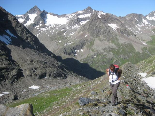 Foto: Wolfgang Lauschensky / Wander Tour / Schrankogel - Überschreitung / Blick auf hohe Leck und Kuhscheibe / 19.09.2009 13:53:24