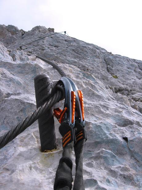 Foto: Andreas Koller / Klettersteig Tour / Monisteig am Schöberl (2426m) / Die letzten (leichten) Meter zum Gipfel / 25.09.2009 23:58:06
