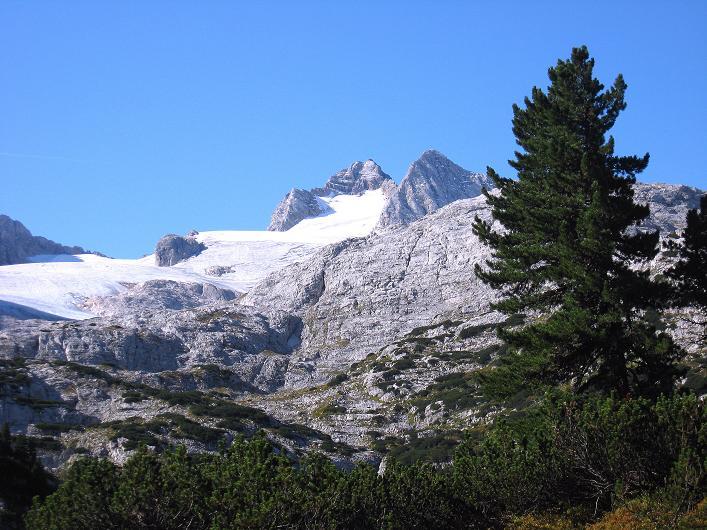 Foto: Andreas Koller / Klettersteig Tour / Via Steinbock am Schöberl (2426m) / Hallstätter Gletscher und Dachstein (2996 m) / 26.09.2009 00:26:15