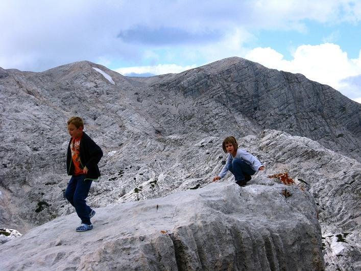 Foto: Andreas Koller / Klettersteig Tour / Via Steinbock am Schöberl (2426m) / Zurück bei der Simonyhütte / 26.09.2009 00:13:23