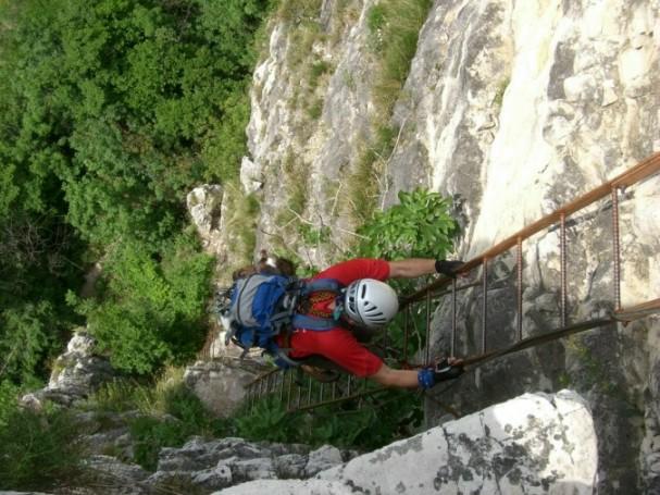 Foto: winsch / Klettersteig Tour / Fennberg Klettersteig / Einstiegsleiter / 21.09.2009 18:29:08