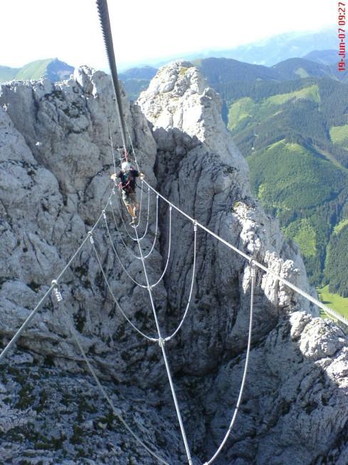 Foto: winsch / Klettersteig Tour / Kaiserschild Klettersteig / Seilbrücke / 22.09.2009 16:42:12