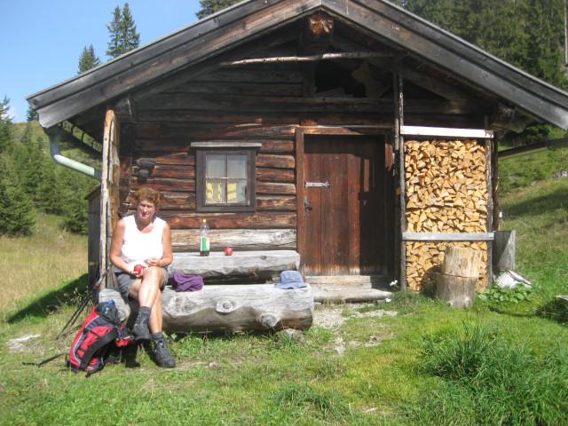 Foto: Wolfgang Lauschensky / Wander Tour / Grießner Hochbrett 2470m / Grießner Schafalm (Jagdhütte) / 23.09.2009 21:19:30