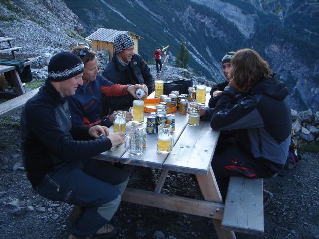 Foto: Manfred Karl / Wander Tour / Ortler über den Meranerweg / Schon etwas frisch, aber gemütlich / 24.09.2009 21:00:42