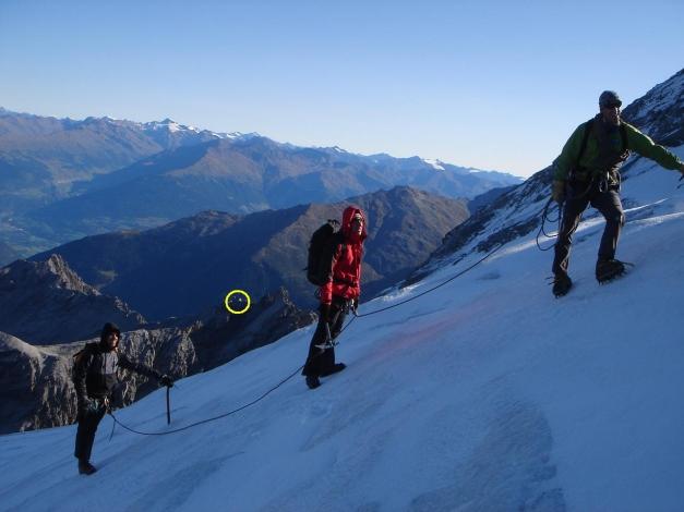 Foto: Manfred Karl / Wander Tour / Ortler über den Meranerweg / Im Kreis die Payerhütte / 24.09.2009 20:51:11