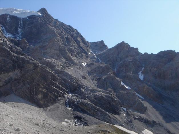 Foto: Manfred Karl / Wander Tour / Ortler über den Meranerweg / Über den Grat verläuft der Meranerweg (oberer Teil bis zum Gletscher) / 24.09.2009 20:39:52