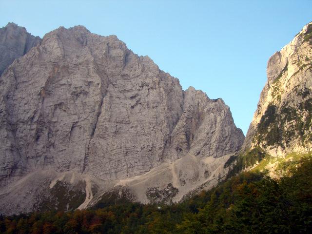 Foto: lacky / Wander Tour / Pogacnikov dom über Vrata Pass / 26.09.2009 11:35:19