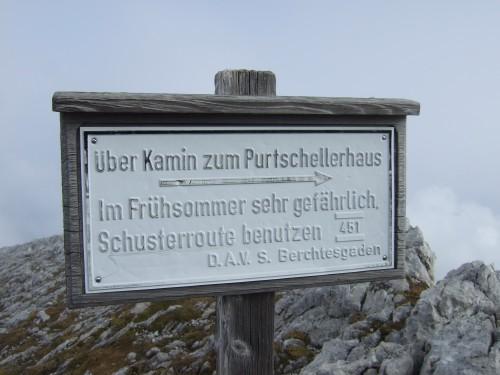 Foto: hofchri / Wander Tour / Hoher Göll (2522 m) - Runde Mannlsteig (B/C) und Schustersteig (A/B) / Abstieg über den Kamin / 01.10.2009 20:52:24