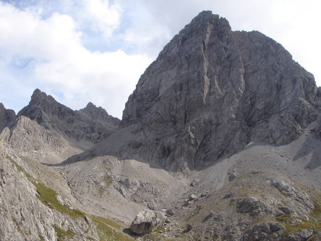 Foto: Manfred Karl / Kletter Tour / Klaus-Waldner-Gedenkweg auf den Simonskopf / Simonskopf vom Kerschbaumer Törl / 03.10.2009 13:50:10