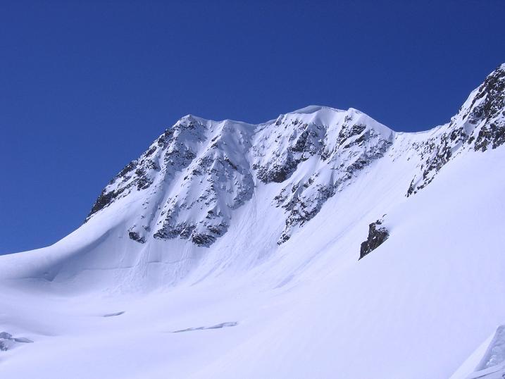 Foto: Andreas Koller / Wander Tour / Über das Mittelbergjoch auf die Wildspitze (3770m) / Wildspitze von NO / 05.10.2009 02:05:28