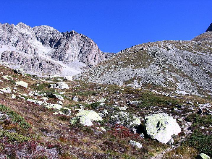 Foto: Andreas Koller / Wander Tour / Hoch über St. Moritz auf den Piz Julier (3380 m) / 07.10.2009 20:38:43