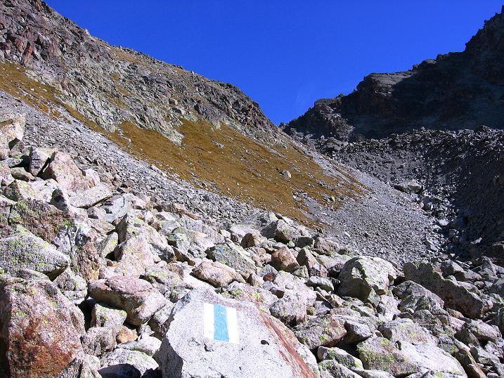 Foto: Andreas Koller / Wander Tour / Hoch über St. Moritz auf den Piz Julier (3380 m) / 07.10.2009 20:35:01