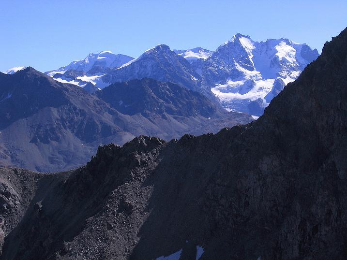 Foto: Andreas Koller / Wander Tour / Hoch über St. Moritz auf den Piz Julier (3380 m) / Bernina (4049 m) / 07.10.2009 20:28:49
