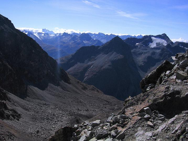 Foto: Andreas Koller / Wander Tour / Hoch über St. Moritz auf den Piz Julier (3380 m) / 07.10.2009 20:28:30