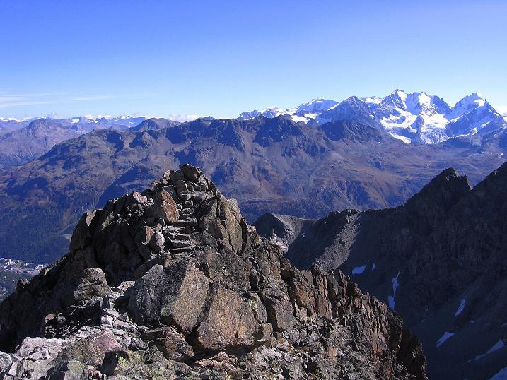 Foto: Andreas Koller / Wander Tour / Hoch über St. Moritz auf den Piz Julier (3380 m) / 07.10.2009 20:25:05
