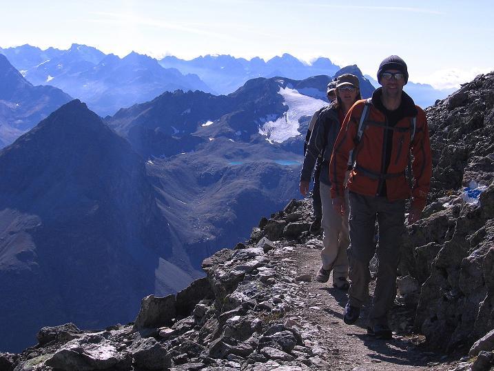 Foto: Andreas Koller / Wander Tour / Hoch über St. Moritz auf den Piz Julier (3380 m) / 07.10.2009 20:23:37
