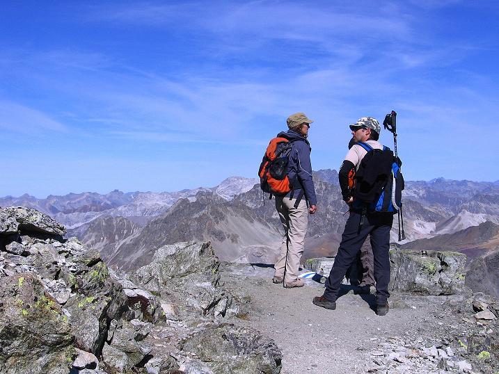 Foto: Andreas Koller / Wander Tour / Hoch über St. Moritz auf den Piz Julier (3380 m) / 07.10.2009 20:23:30