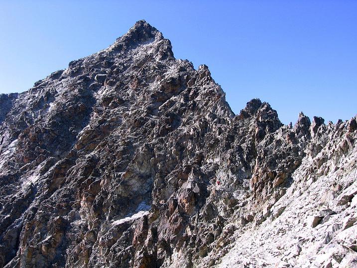 Foto: Andreas Koller / Wander Tour / Hoch über St. Moritz auf den Piz Julier (3380 m) / Der steile Aufbau des Piz Julier / 07.10.2009 20:22:50