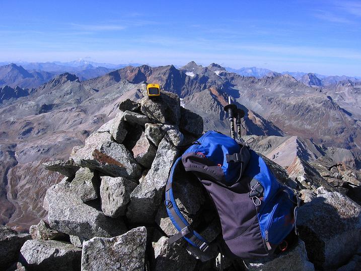 Foto: Andreas Koller / Wander Tour / Hoch über St. Moritz auf den Piz Julier (3380 m) / 07.10.2009 20:17:25
