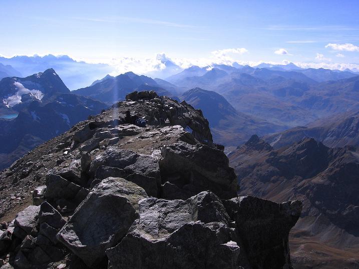 Foto: Andreas Koller / Wander Tour / Hoch über St. Moritz auf den Piz Julier (3380 m) / 07.10.2009 20:17:13