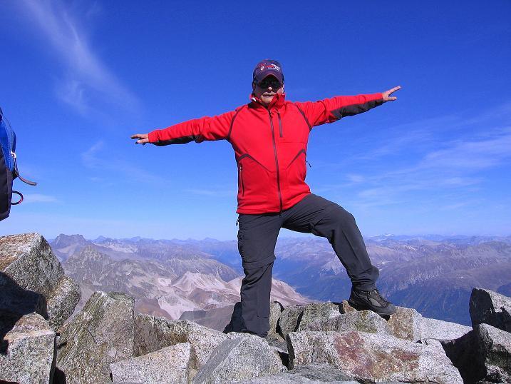 Foto: Andreas Koller / Wander Tour / Hoch über St. Moritz auf den Piz Julier (3380 m) / 07.10.2009 20:17:05