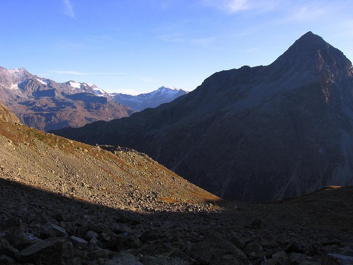 Foto: Andreas Koller / Wander Tour / Hoch über St. Moritz auf den Piz Julier (3380 m) / 07.10.2009 20:13:00