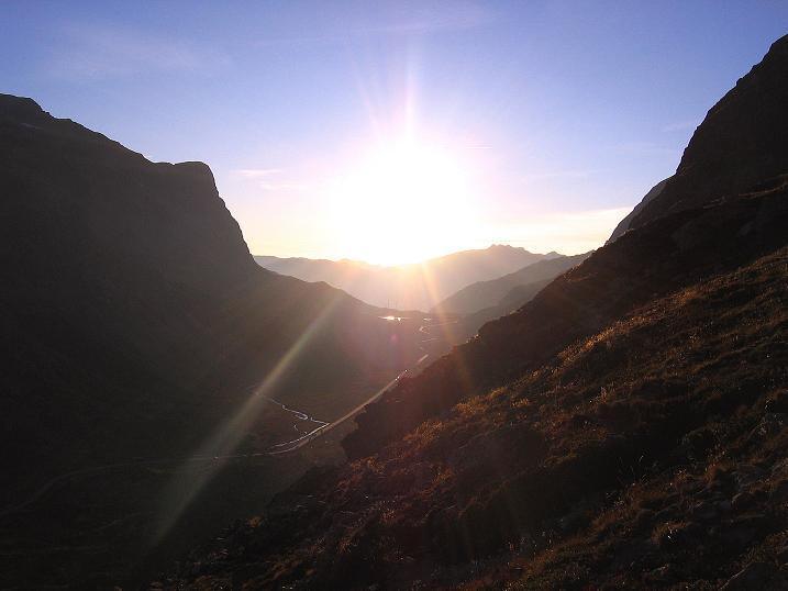 Foto: Andreas Koller / Wander Tour / Hoch über St. Moritz auf den Piz Julier (3380 m) / Julierpass / 07.10.2009 20:41:32